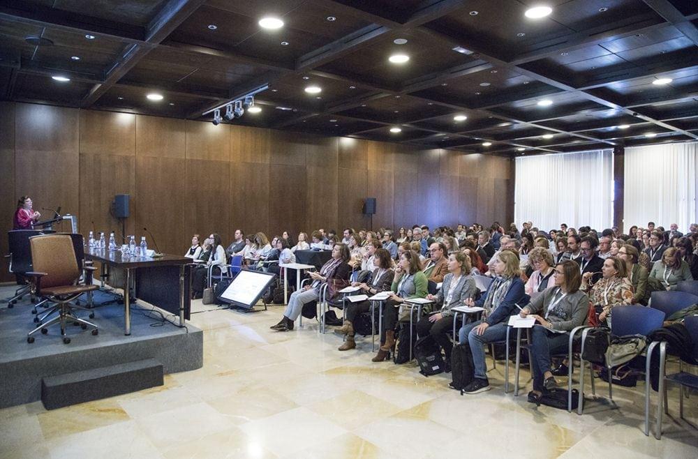 Público en sale de conferencias 2 de Fycma
