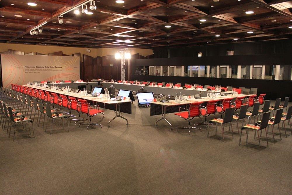 Dsiposición para congreso en sale de conferencias 2 de Fycma