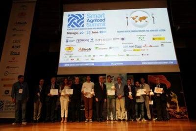 Entrega de premios a las startups participantes en Smart Agrifood Summit