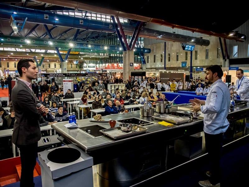 Demostración de cocina en el Salón de Innovación en Hostelería, H&T